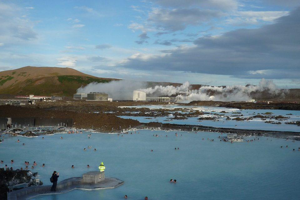 Aventure en Islande : randonner entre terre et glace